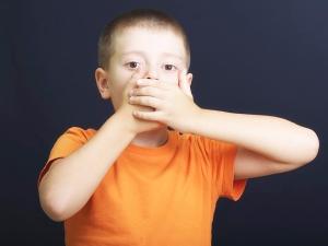ребенок со стоматитом